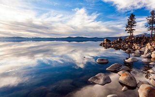 Бесплатные фото берег, камни, деревья, озеро, холмы, небо, облака