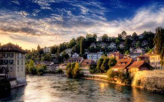 Бесплатные фото город,река,дома,мостик