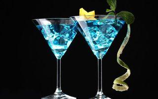 Фото бесплатно бокалы, мята, листья, лес, кубики, синий, цвет, кожура, напитки