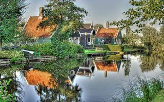 Бесплатные фото дома,деревянные,речка,вода,деревья,трава,город