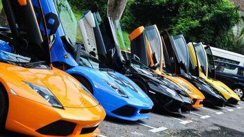 Бесплатные фото ламборджини, разного, цвета, двери, вверх, стоянка, машины
