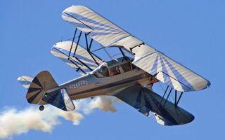 Бесплатные фото самолет,крылья,хвост,шасси,дым,полет,небо