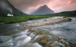 Бесплатные фото вода,река,дом,горы,камни,берег,трава