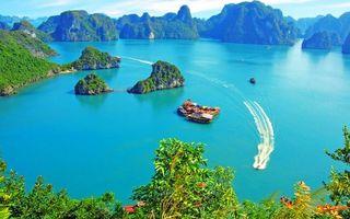 Бесплатные фото море,голубое,горы,катер,волна,деревья,пейзажи