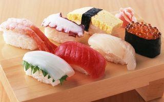 Бесплатные фото суши,икра,рис,рыба,лосось,стол,доска