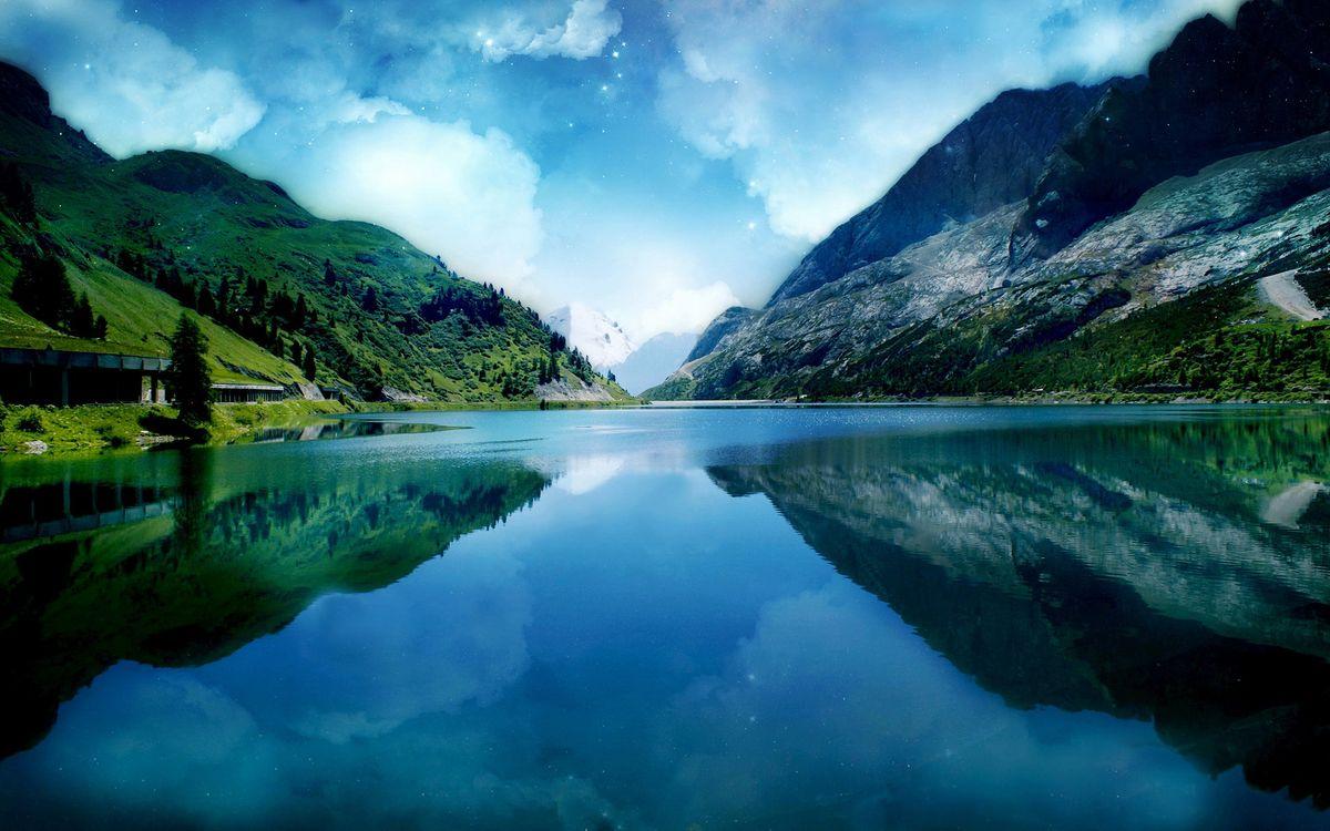 Обои вода, река, трава, горы, скалы, озеро, деревья, пейзажи на телефон | картинки пейзажи - скачать