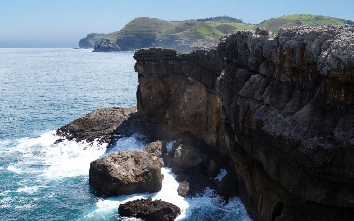 Обои берег, обрыв, камни картинки на телефон
