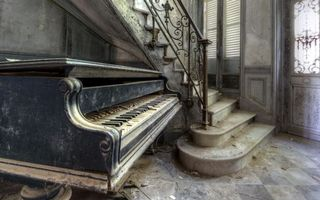 Photo free house, old, piano