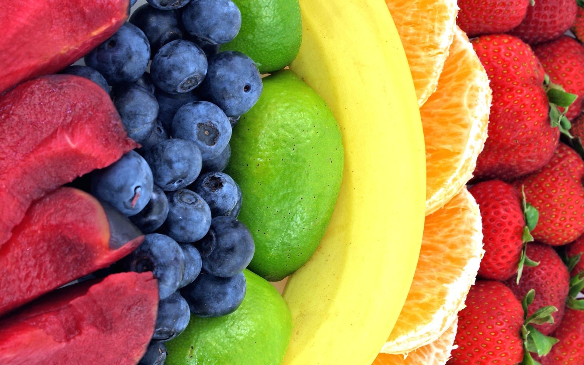 банан, апельсин, клубника