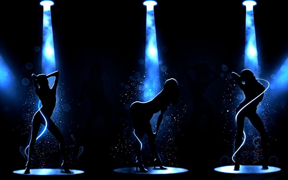 Фото бесплатно девушки, танец, го-го, свет, прожектор, фонари, танцпол, движения, ноги, руки, музыка, музыка