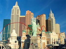 Бесплатные фото дома,высокие,окна,нью-йорк,скульптура,небо,город