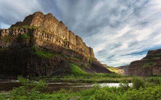 Бесплатные фото небо,облака,скала,камень,растения,зелень,деревья