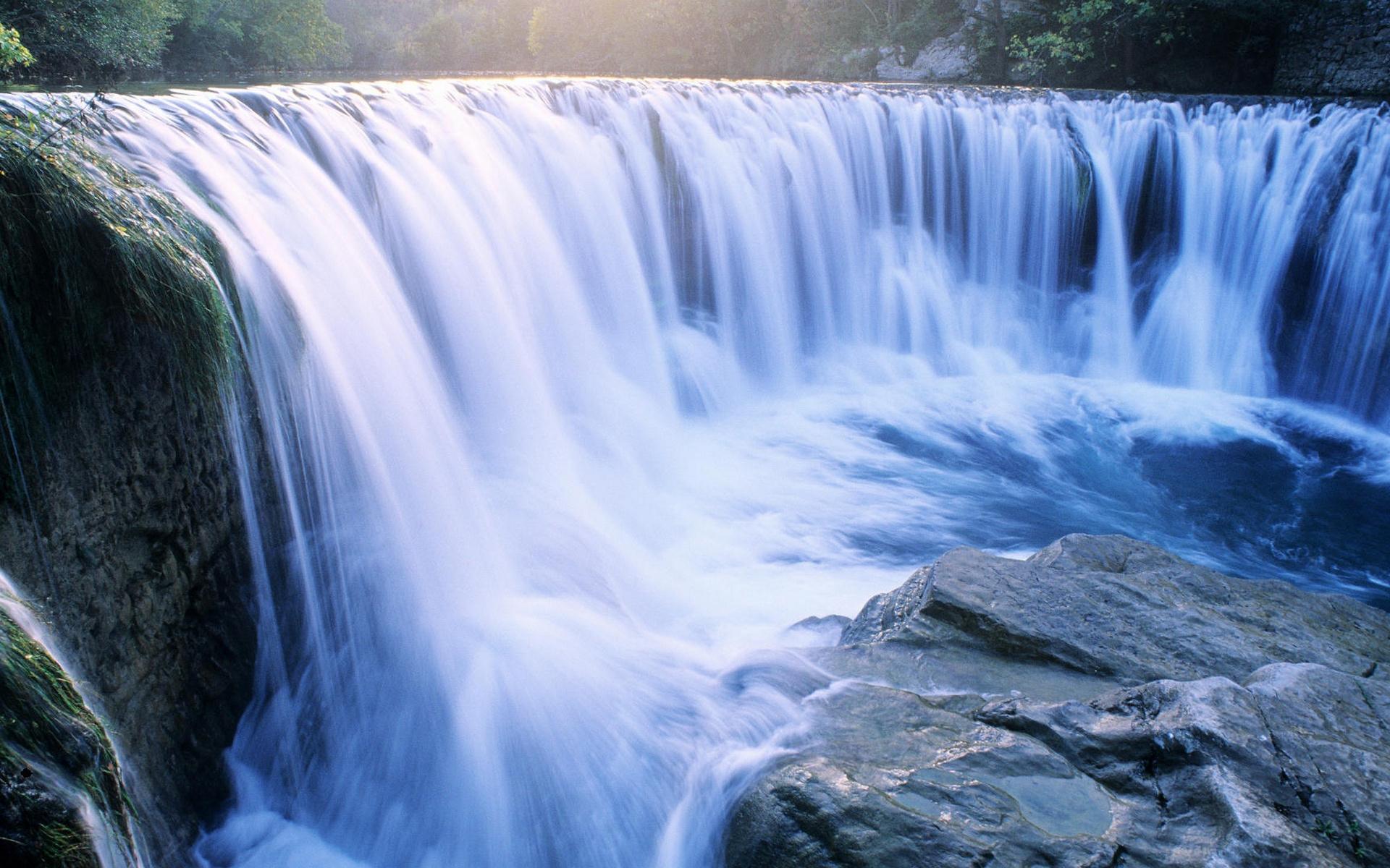 река, водопад, течение