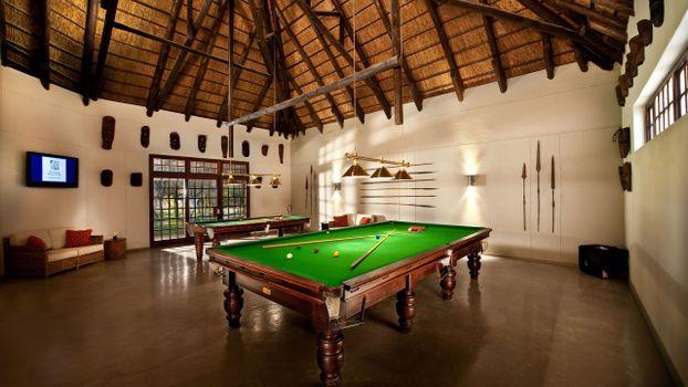 Photo free snooker, hall, sofa