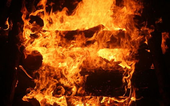 Фото бесплатно костер, дрова, огонь