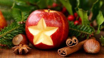 Бесплатные фото елка,орехи,корица,лесной орех,ягоды,разное
