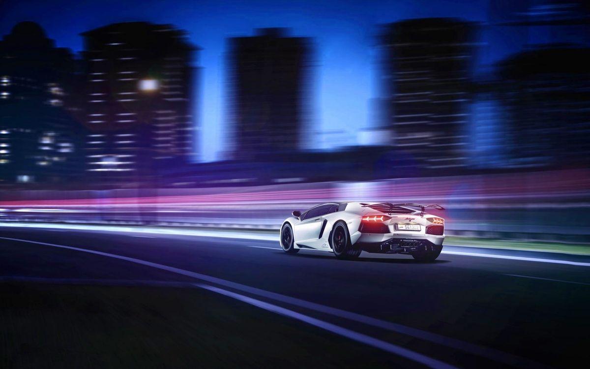 Фото бесплатно ламборджини, дорога, скорость, спойлер, вонари, выхлоп, машины, машины