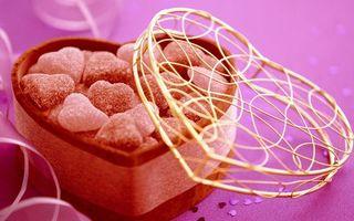 Бесплатные фото сладости,конфеты,коробочка,форма,сердце,бант,еда