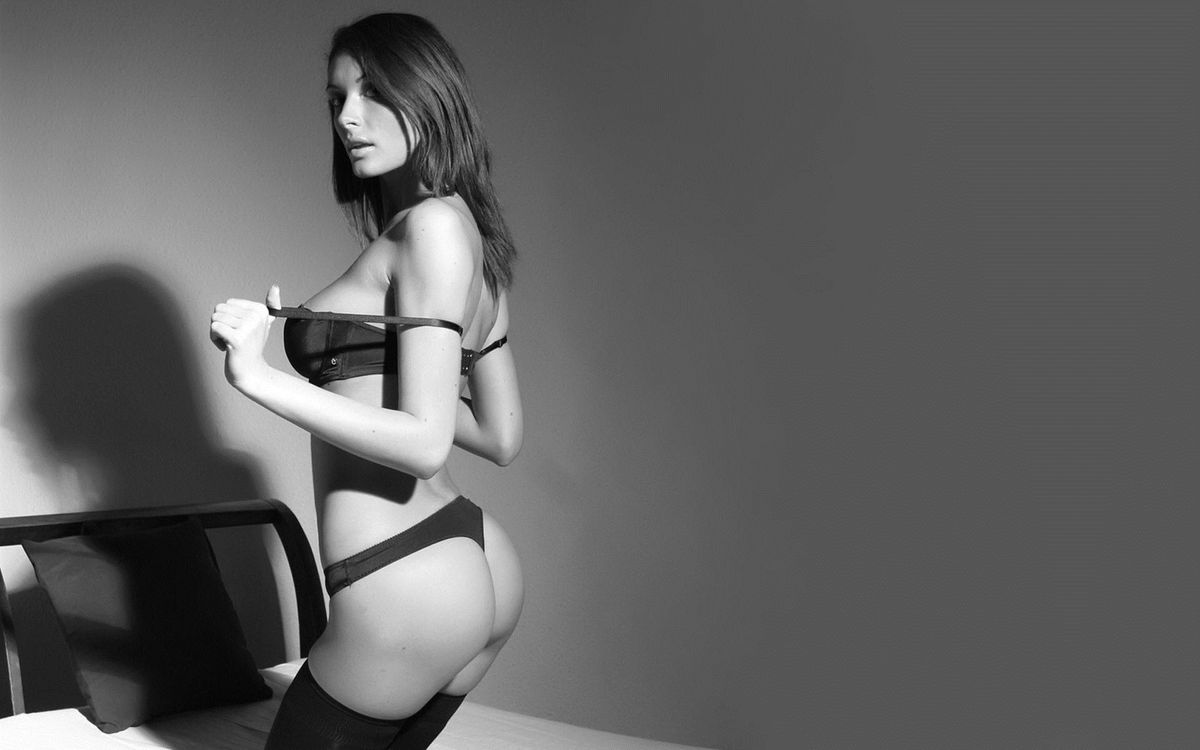 Фото бесплатно девушки, волосы, нижнее белье - на рабочий стол