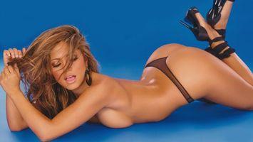 Бесплатные фото jessica burciaga,model,blue,sexy,booty,brunette,девушки