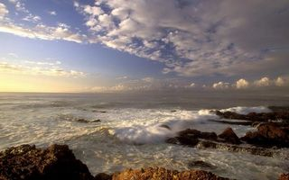 Заставки море, океан, вода, волны, камни, небо, облака