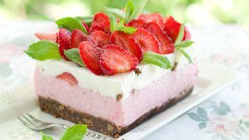 Бесплатные фото торт,клубника,крем,бисквит,вилка,десерт,еда