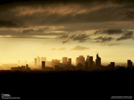Заставки город,кран,небоскреб,тучи,national geographic,дома