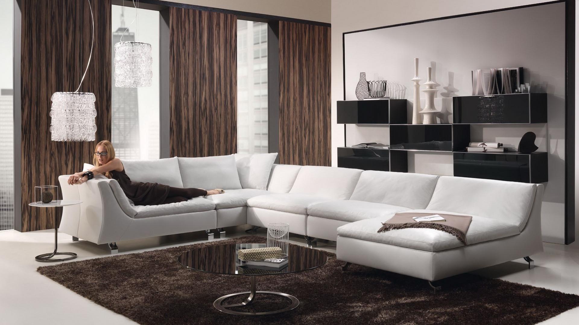 обои гостинная, диван, белый, девушка картинки фото