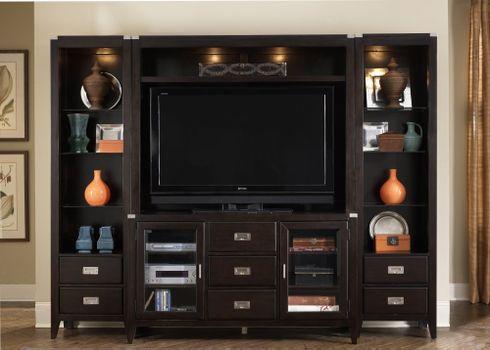 Photo free furniture, TV, lockers