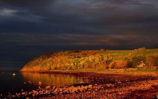 Фото бесплатно небо, тучи, деревья, лес, осень, листья, река, озеро, океан, вода, камни, берег, пейзажи