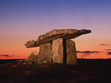 Бесплатные фото скульптура,небо,тучи,камни,большие,свет,природа