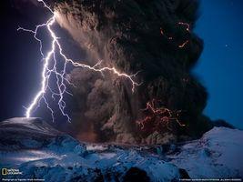 Фото бесплатно блискавка, дим, порох, взрив, гори, вулкан, виверження, природа