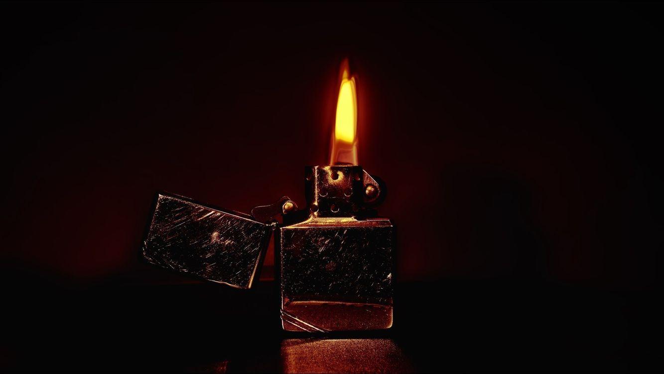 Фото бесплатно зажигалка, zippo, пламя, огонь, разное, разное - скачать на рабочий стол