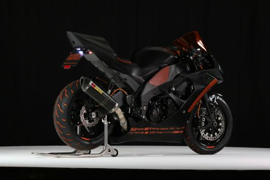 Фото бесплатно мотоциклы, стекло, фара