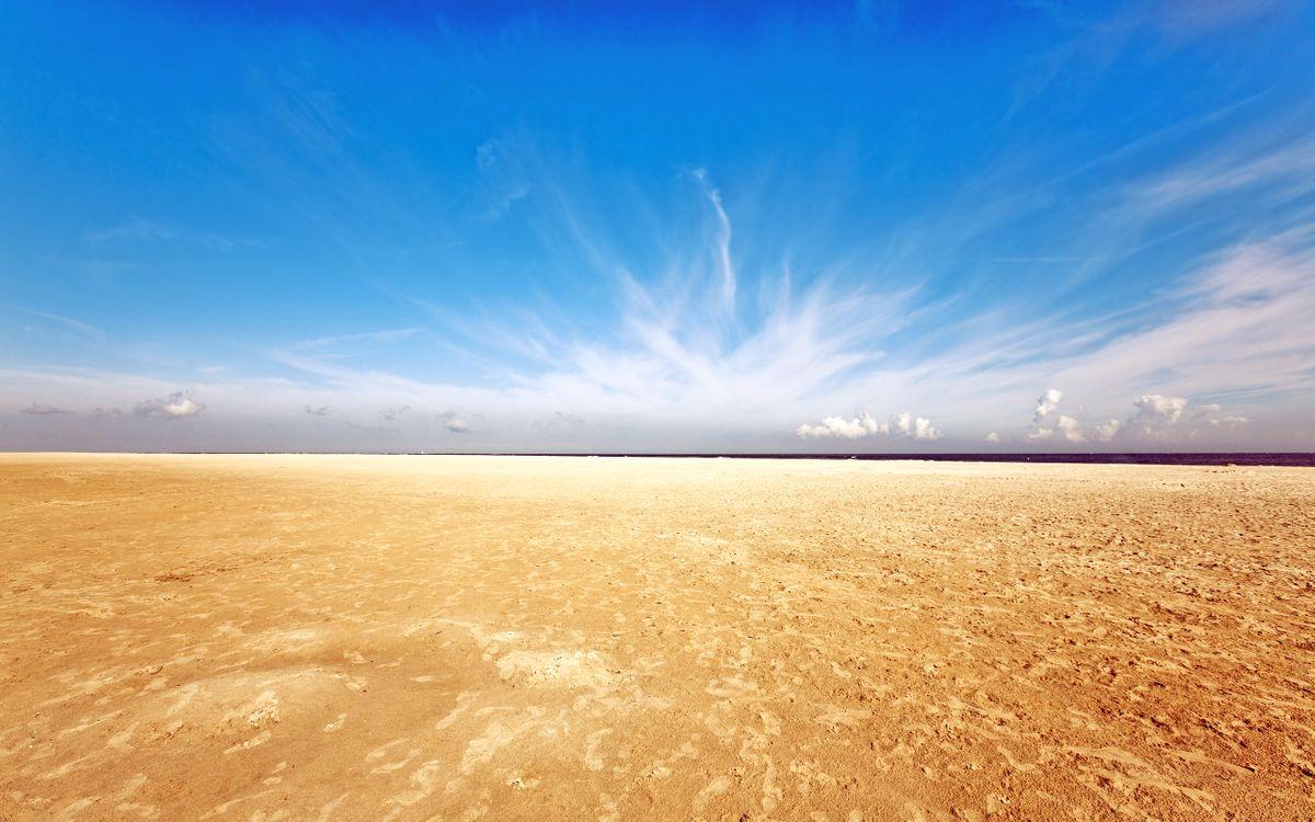 Обои пляж, песок, небо, пейзажи на телефон | картинки пейзажи