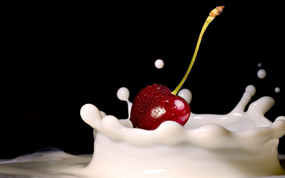 Фото бесплатно вишня, сливки, молоко - на рабочий стол
