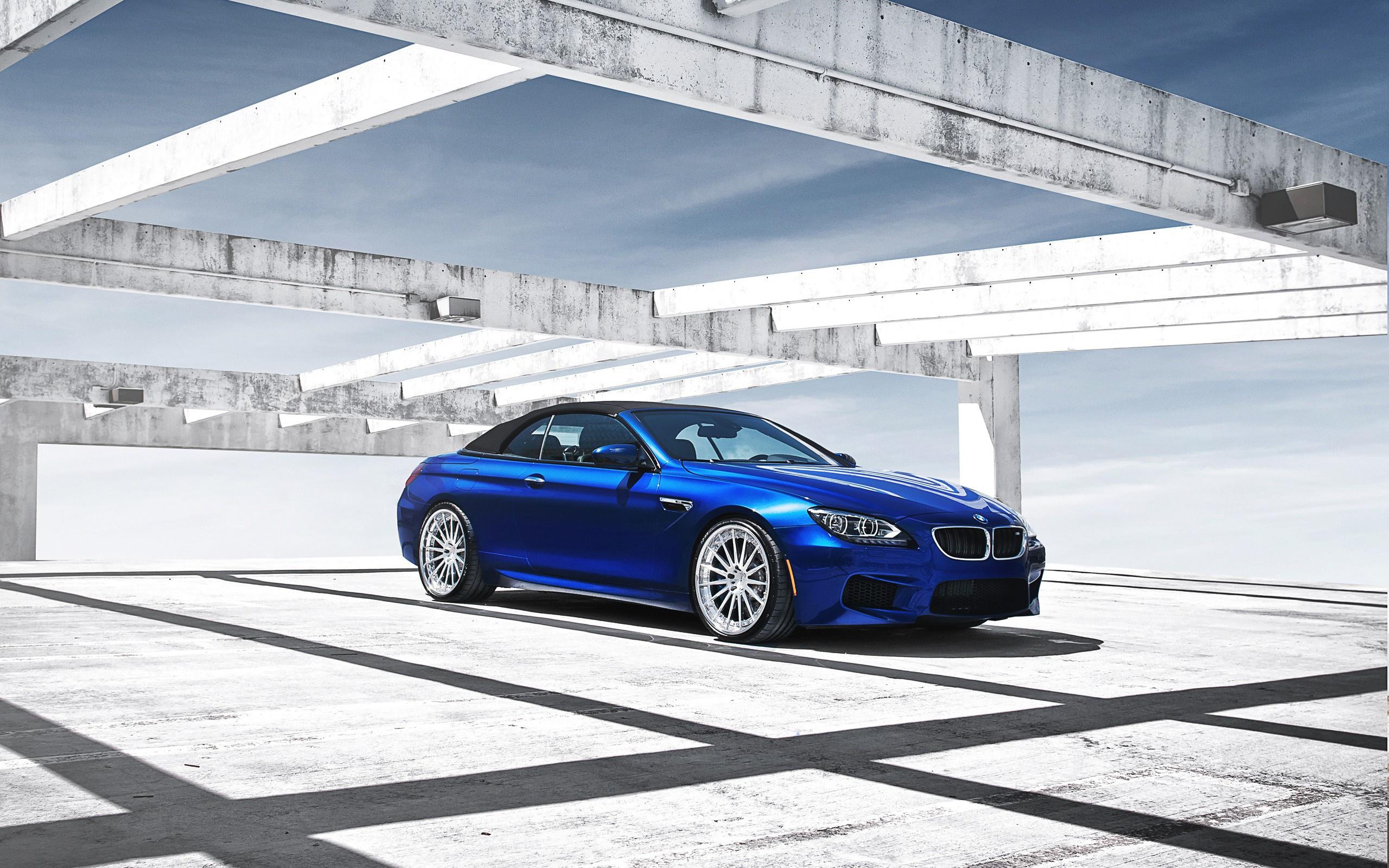 BMW в ангаре  № 960754 бесплатно