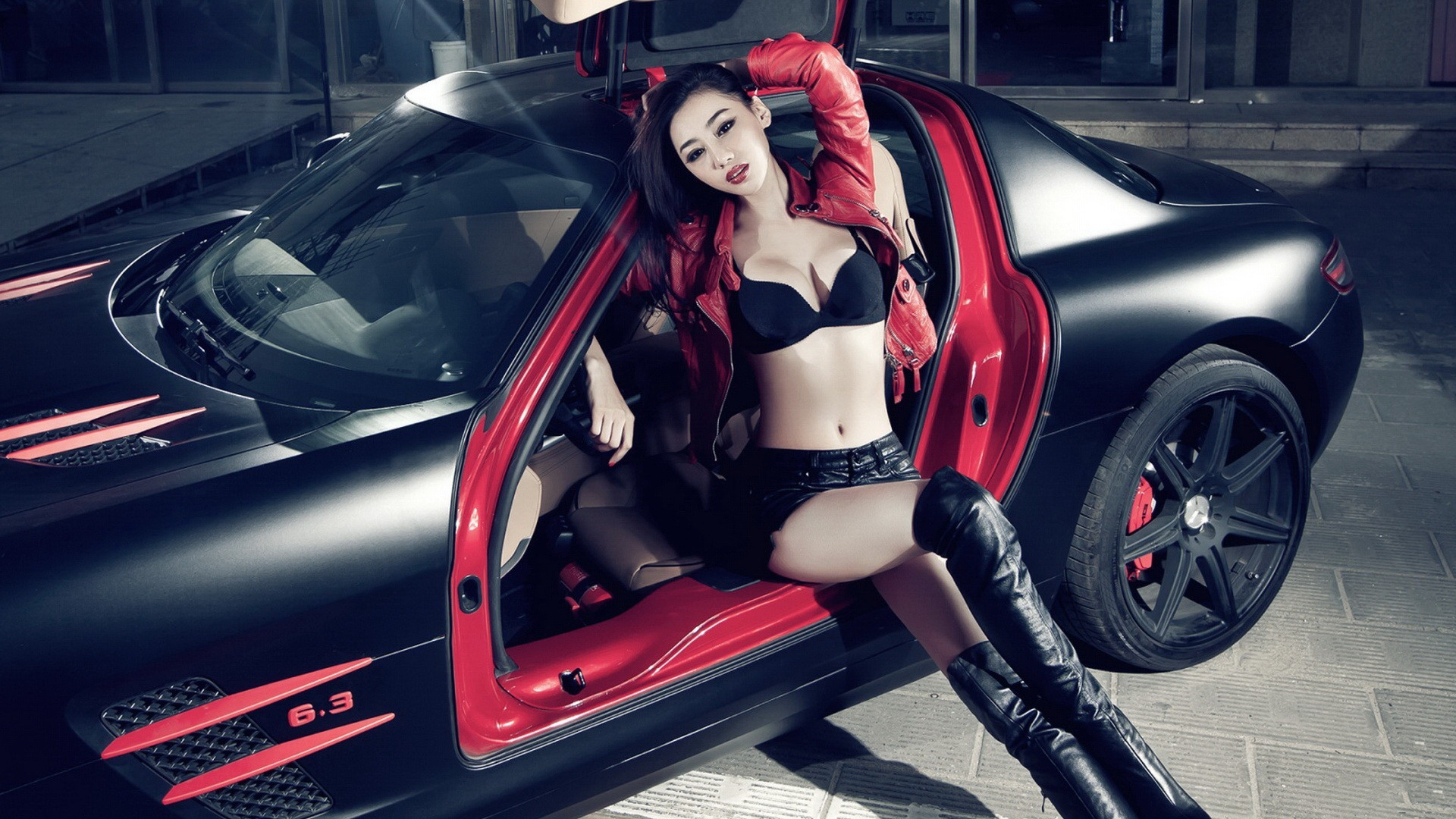 Hot asian girls humping and cars — pic 7