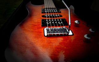 Заставки гитара, электронная, красная, струны, звукосниматели, крутилки