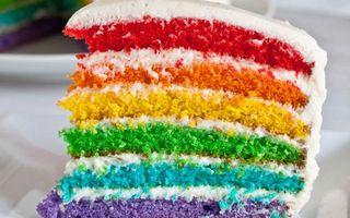 Фото бесплатно торт, сладости, десерт, бисквит, радуга, крем, еда