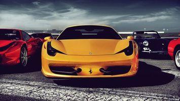 Бесплатные фото автомобиль,желтый,иномарка,знак,брэнд,логотип,колеса