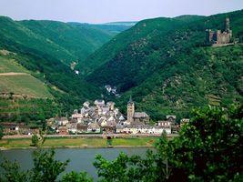 Бесплатные фото дома,вода,гора,зелень,замок,небо,город
