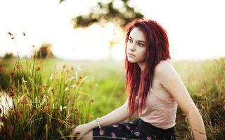 Бесплатные фото девушка, рыжая, фотосет, природа, трава, река, девушки