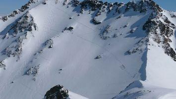 Фото бесплатно горы, скалы, камни, снег, холод, спуск, пейзажи