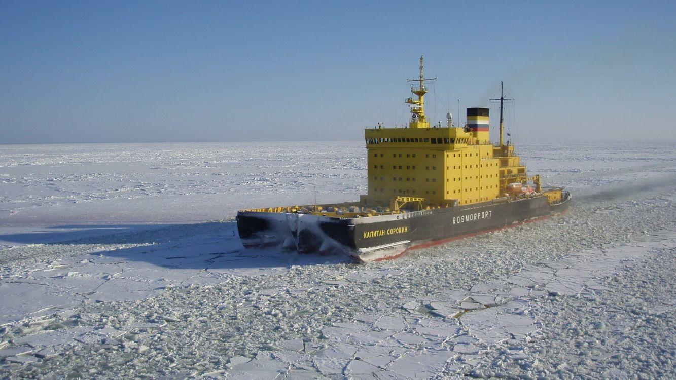 Фото бесплатно корабль, море, лед, небо, дым, снег, разное, корабли