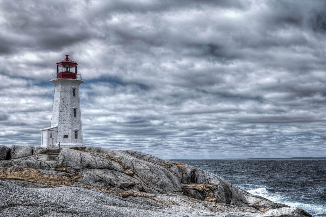 Фото морского маяка