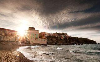 Бесплатные фото море,пляж,скала,солнце,небо,волны,берег