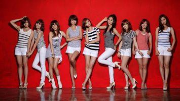 Бесплатные фото азиатки,позируют,модели,юбки,шорты,брюки,девушки