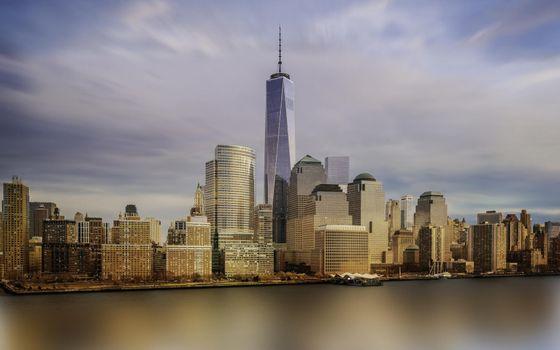 Бесплатные фото дома,небоскреб,шпиль,улицы,берег,водоем,небо,город