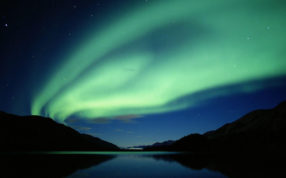 Фото бесплатно ночь, сопки, озеро - на рабочий стол